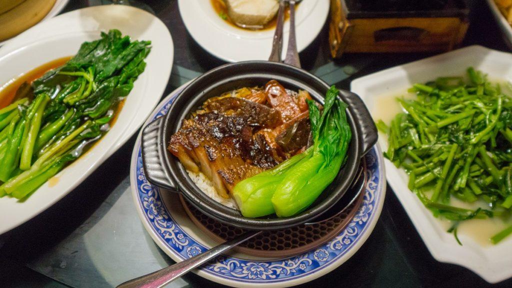 蒸鮮腸粉-臘味煲仔飯
