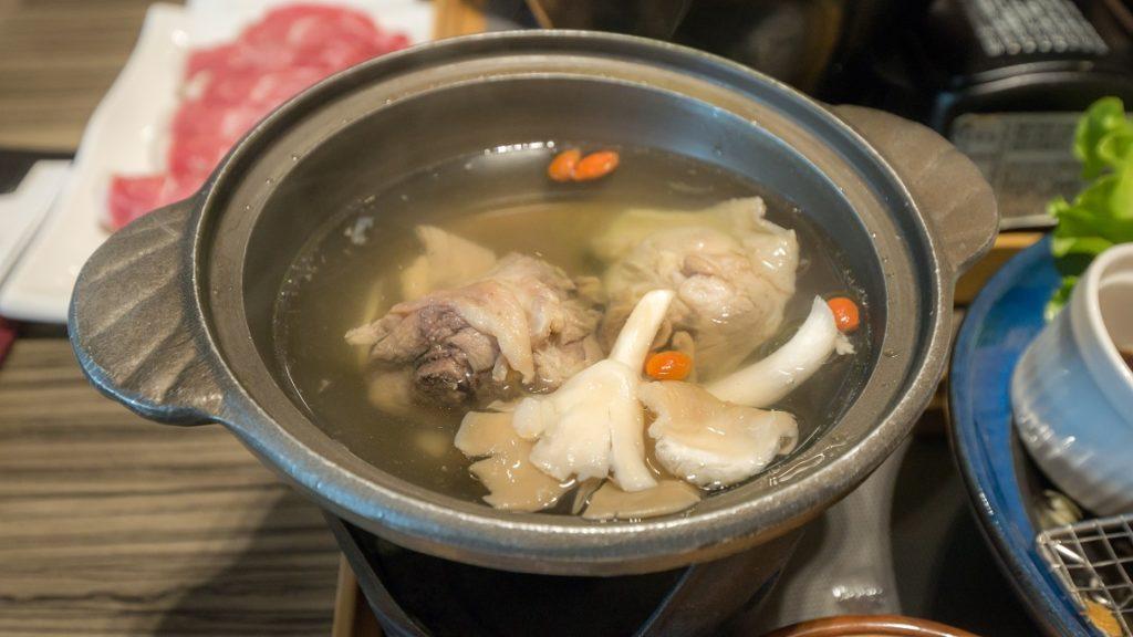 EZKon Cafe 異人館 台中東英 厚切里肌炸豬排